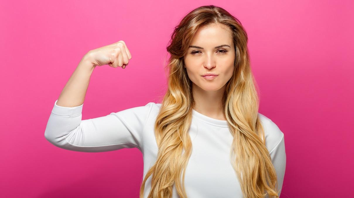\'Esti prea puternica ca sa fii iubita!\'�De ce barbatii se simt intimidati de femeile independente?