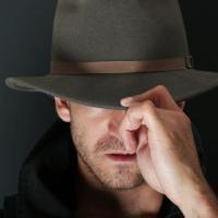 Testul Iubirii Subconstiente: Cine este barbatul care te fascineaza involuntar?
