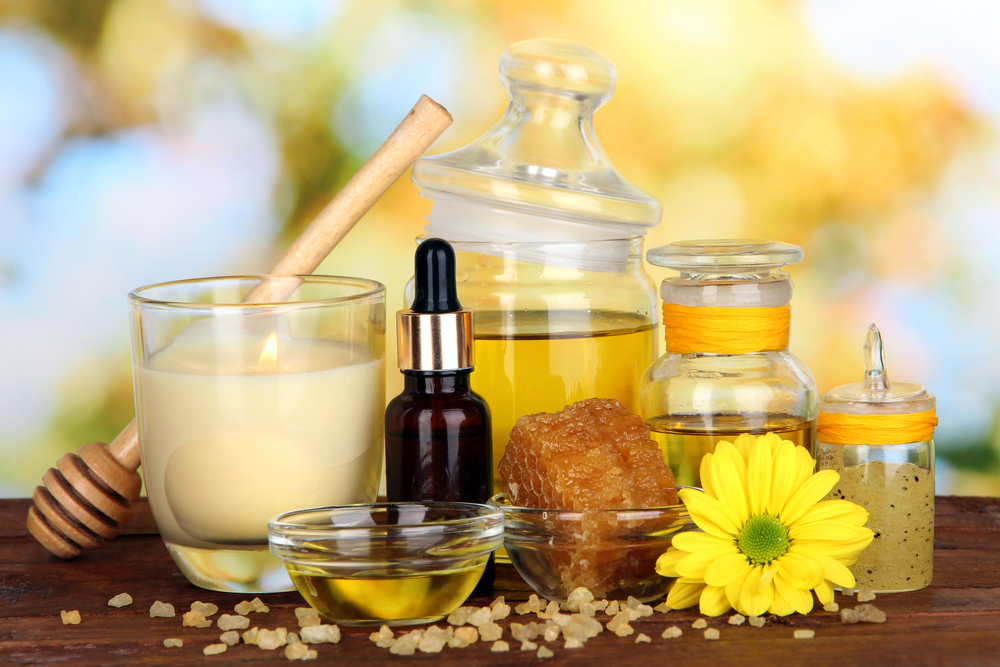 7 Cosmetice naturale cu miere si laptisor de matca