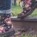 Bocanci cu imprimeuri colorate: adu un strop de viață ținutei de iarnă