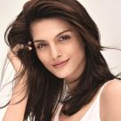 Specialist: Top 6 motive care pot cauza subțierea și căderea părului