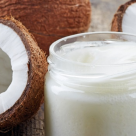 7 cosmetice naturiste pe baza de cocos pe care trebuie sa le ai