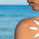 DE LUAT AMINTE: Cremele de protectie solara, insuficiente impotriva cancerului de piele!