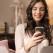 Studiu: femeile si barbatii folosesc smartphone-ul in moduri complet diferite