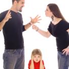 Ce pret platesc copiii pentru conflictele parintilor lor