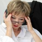 Aproape jumatate dintre romani sufera de dureri de cap