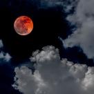 17 iunie - Luna Capsuna ne va ajuta sa ne indeplinim dorintele sufletului!
