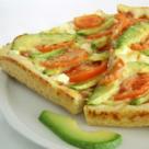 Pizza cu avocado