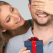 Cadouri de Dragobete pentru el: idei cu stil pentru bărbatul special