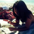 12 carti minunate, de citit pe plaja!