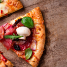5 trucuri ca sa faci o pizza de casa buna