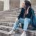5 tinute feminine care se potrivesc de minune cu sneakers