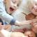 Confesiunea unei mame: Îmi cresc băieții astfel încât să își iubească soțiile mai mult decât pe mine