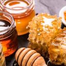 Mierea: 10 beneficii exceptionale ale acestui aliment miraculos