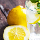 APA cu LAMAIE: 30 de motive puternice pentru a consuma acest miracol detoxifiant!