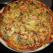Pizza cu peste afumat pe piatra incinsa