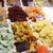 Pui pe pat de fructe uscate