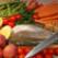 Pastravi la gratar cu cartofi natur