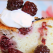 Desertul de duminica: prajitura cu mure si iaurt
