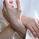 Ai mereu mainile si picioarele reci? Care sunt principalele cauze