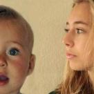 (Video) Un tata si-a filmat fetita timp de 14 ani. Rezultatul este incredibil de emotionant!