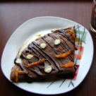 Clatite cu ciocolata si crema Chantilly