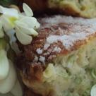 Desertul de duminica: Gogosele cu flori de salcam