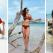 Top tendinte pentru plaja: imprimeuri bogate, decupaje trendy si detalii romantice