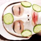 Simplu de facut: Masca scrub cu lamaie, ulei de cocos si zahar pentru o piele radioasa