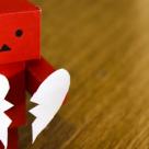 Trezeste-ti BUSOLA INTERIOARA: 21 de semne care iti arata ca nu ai incredere in tine!
