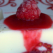 Desertul de duminica: panna cotta cu zmeura