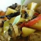 Tocanita de legume cu carne