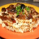 Spaghete de post cu sos de rosii si ciuperci