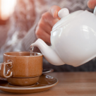 5 Ceaiuri recomandate persoanelor care suferă de STRES și INSOMNIE