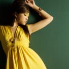 Se poarta in aceasta primavara: 10 Rochite frumoase in culori si imprimeuri la moda
