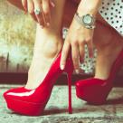 Care este relatia femeilor cu pantofii lor si de ce barbatii nu reusesc sa o inteleaga