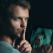 Infidelitatea online. 6 semne ca partenerul te insala pe Facebook
