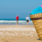 6 produse care nu trebuie să îți lipsească vara asta în vacanța la mare