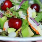 Salata de pui afumat si cirese