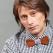 Marius Manole propune o premiera romaneasca: papionul din lemn