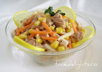 Salata cu ton si legume