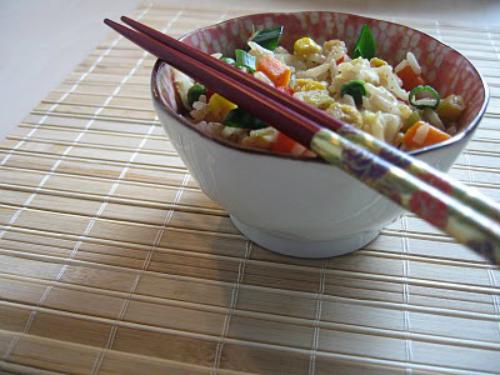 Orez stir fry cu legume