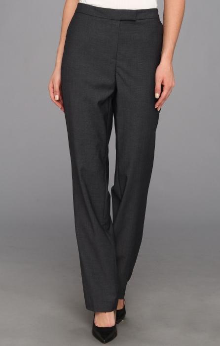 Pantaloni usor larguti
