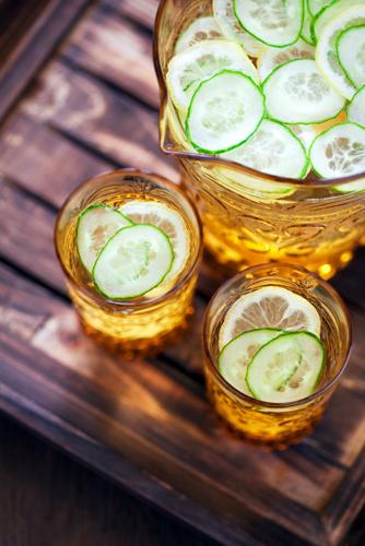 Apa cu castraveti, buna pentru detoxifierea corpului