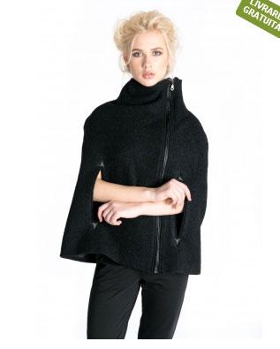Capa neagra, din lana, Bluzat