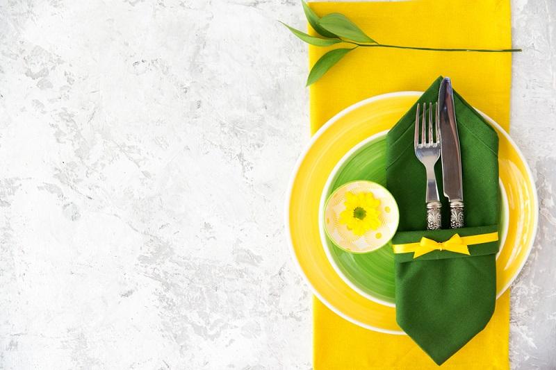 Doua culori mai potrivite decat verdele si galbenul pentru a aduce primavara la masa ta nu cred ca exista
