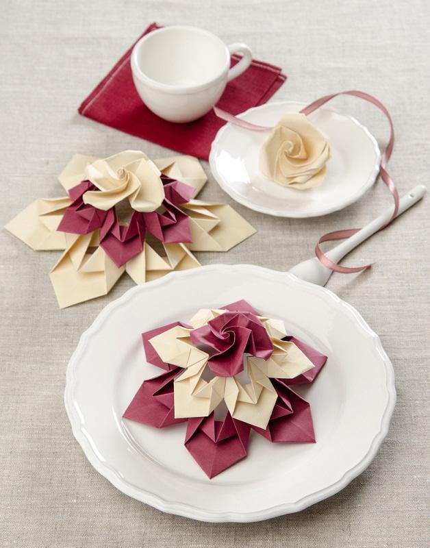 Flori decorative pentru ritualul ceaiului sau o masa speciala