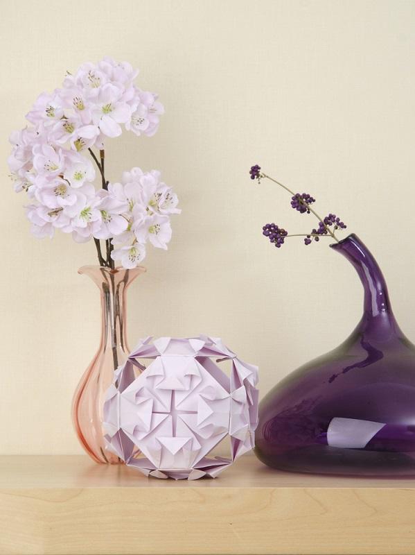 Minge Kusudama decorativa, confectionata din hartie de nuanta lila