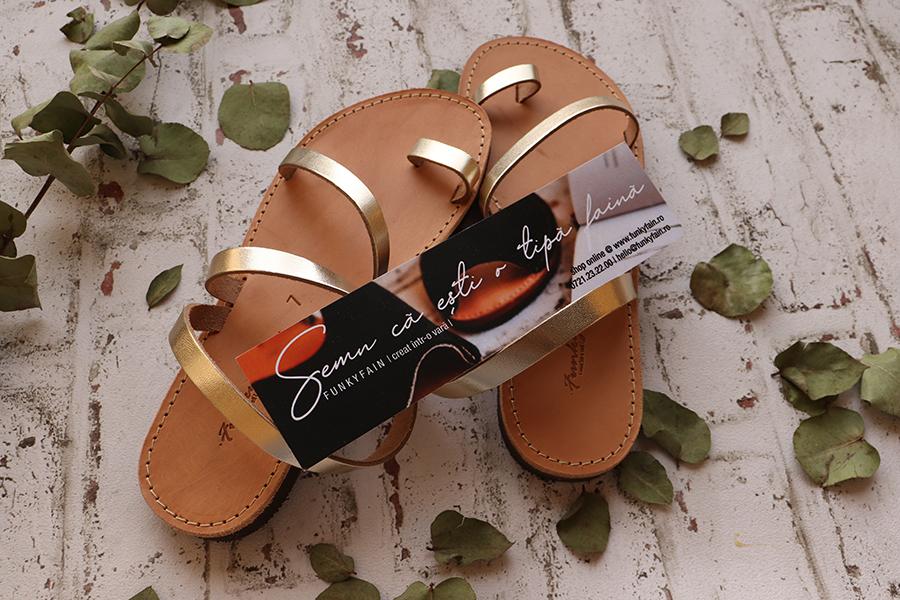 Sandale aurii din piele naturală, cu talpă joasă