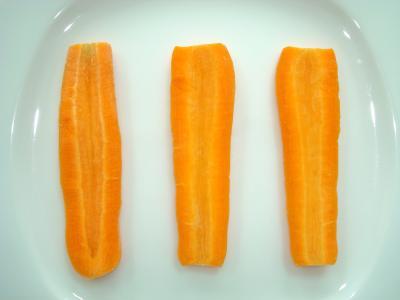 Prajitura de morcov cu gem de fructe